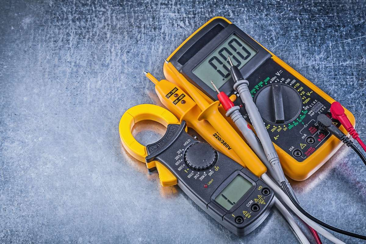 Top 10 Best Multimeters (September 2019) - ReviewBites