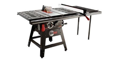 One of the safe contractor table saws