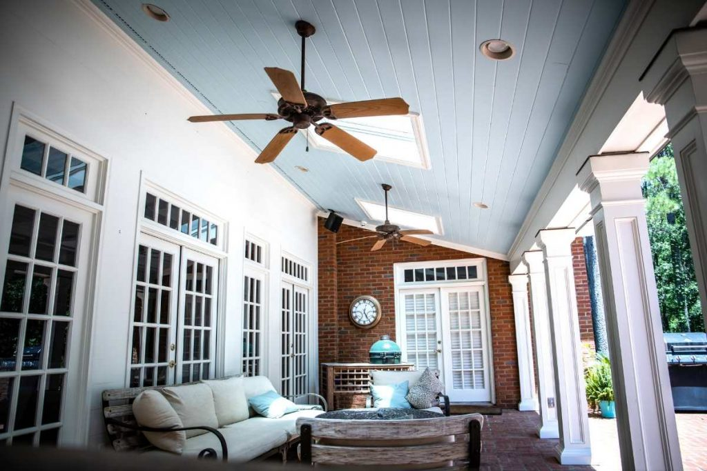 Outdoor Fan is laying on ceiling