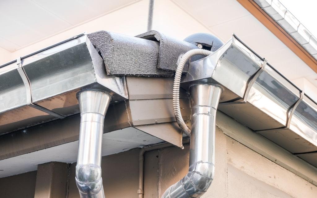 Gutter Guards for commercial Buildings - A-M Aluminum Gutter Guard