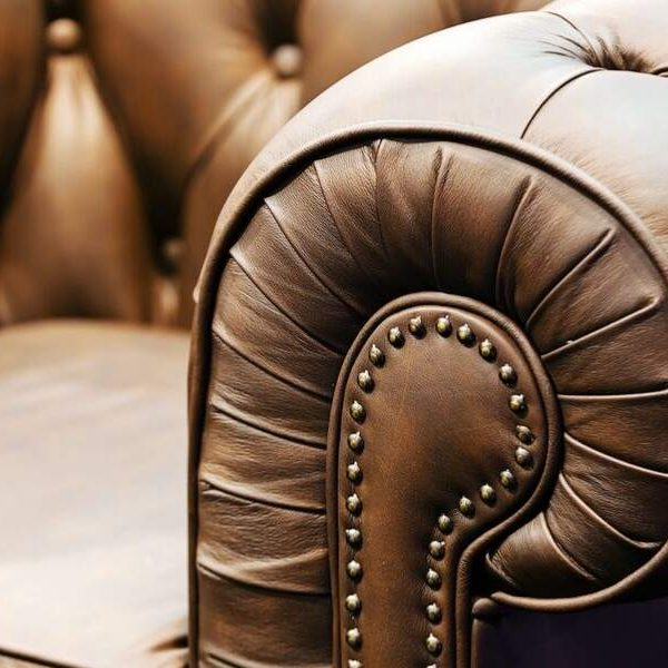 The Benefits of Fabric vs. Leather sofas