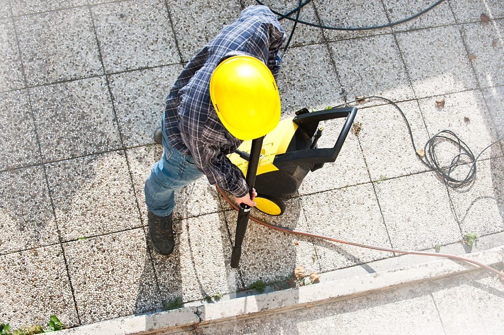 Make Your Life Easier With Electric Pressure Washers