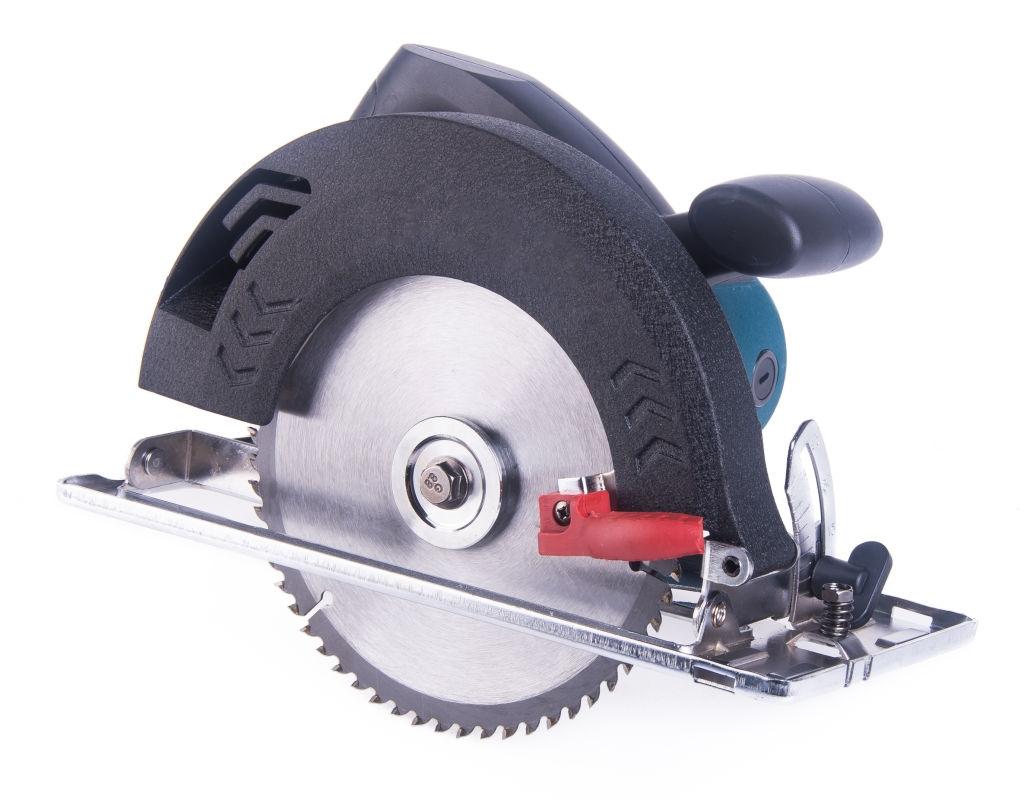 Affordable Cordless Circular Saw Practical Usage