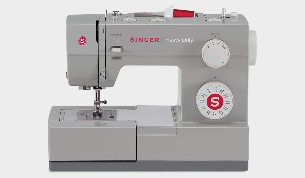 SINGER   Heavy Duty 4423 Machine with 23 Built-In Stitches