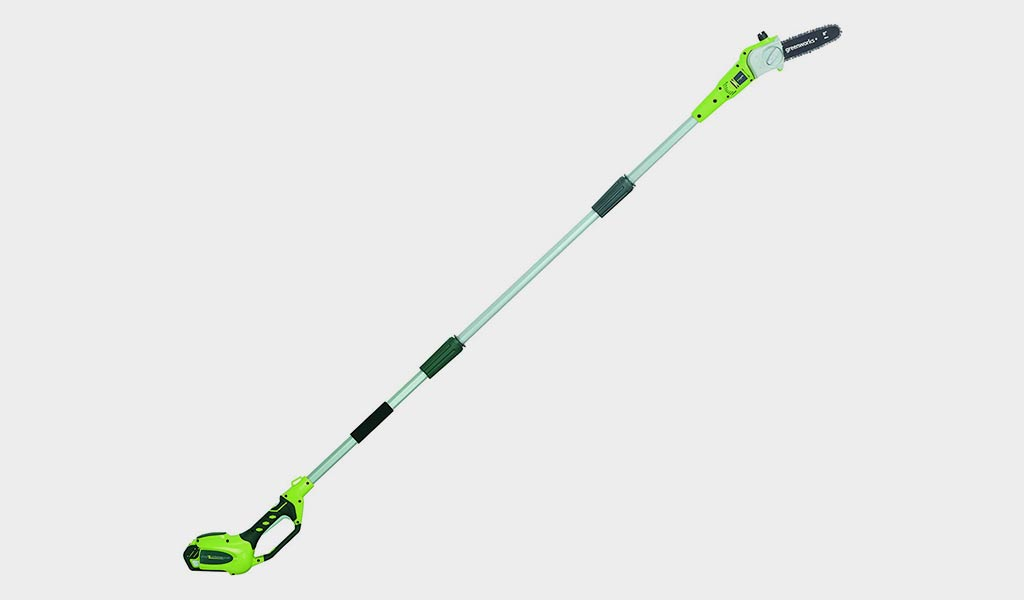 Greenworks 8.5' 20672 Electric Pole Saw - Best Cordless Pole Saw