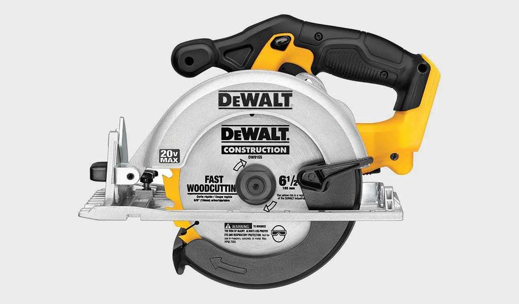 DEWALT 6-1/2-Inch 20V MAX Circular Saw