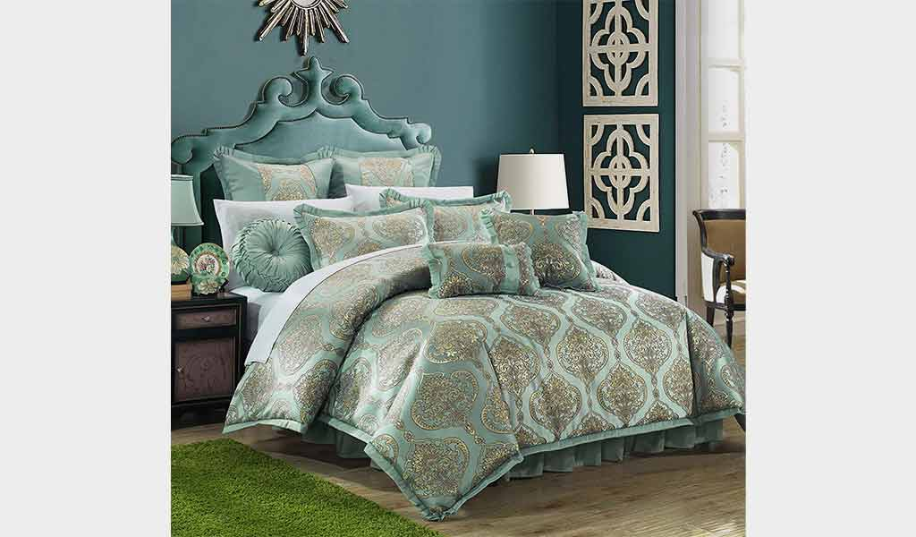 Piece Como Decorator - Chic Home Comforter Set