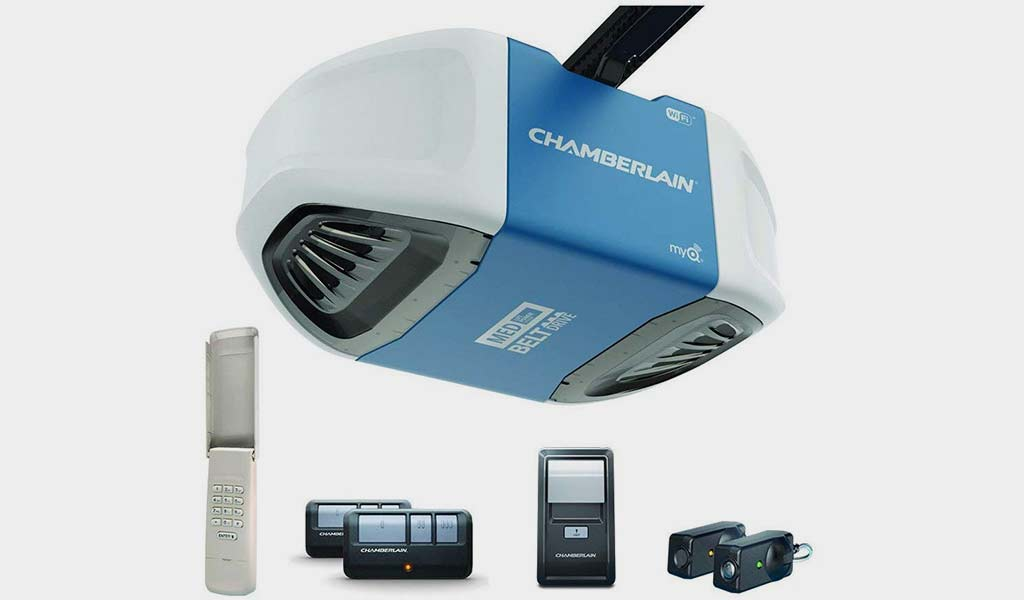 Chamberlain Group B550 Smartphone -Controlled Ultra-Quiet Garage Door Opener